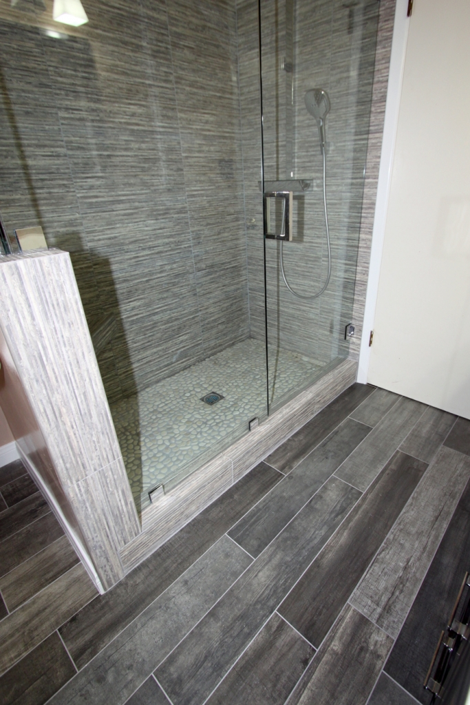 Tile work los angeles tile contractor 323 662 1011 for Los angeles bathroom remodeling contractor