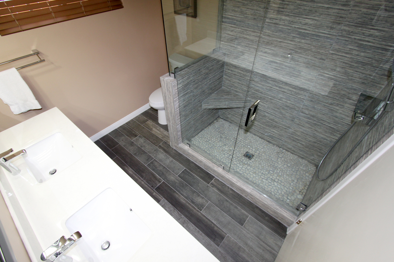 Portfolio los angeles tile contractors 323 662 1011 for Los angeles bathroom remodeling contractor